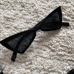 Trendy triangle sunglasses
